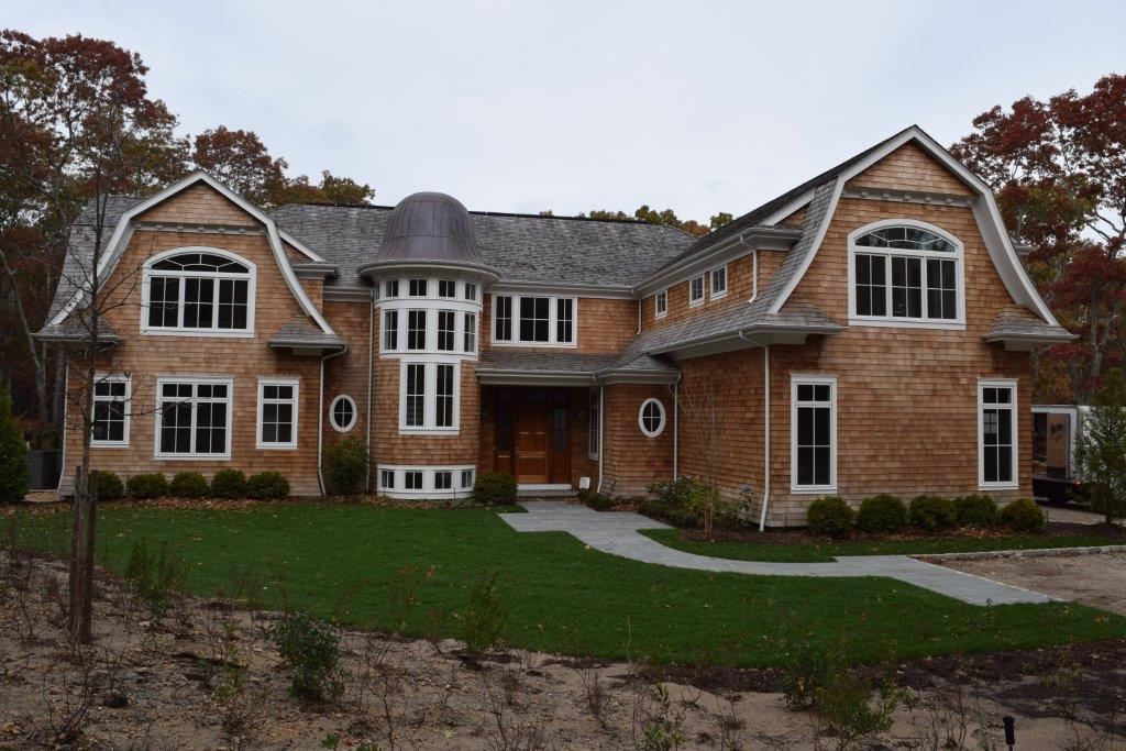 Exterior painting long island new look exteriors for How long to paint a house exterior